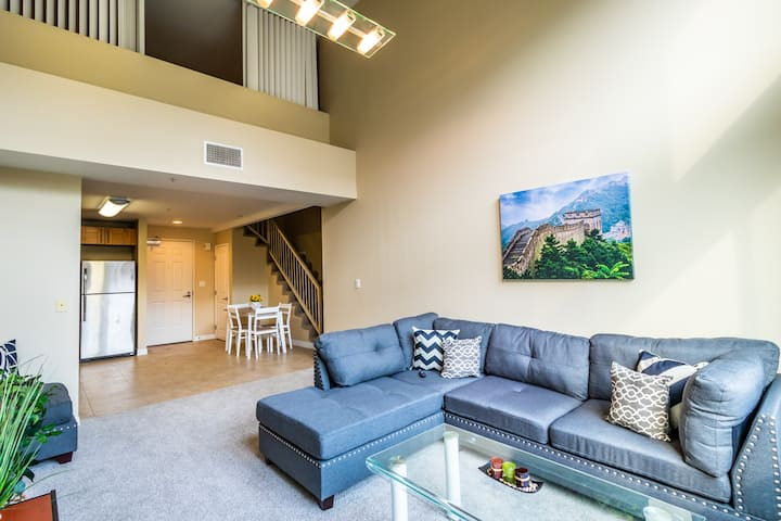 Modern Private Suite Room with Bathroom in DTLA