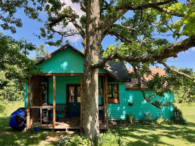 BelleRose Garden House