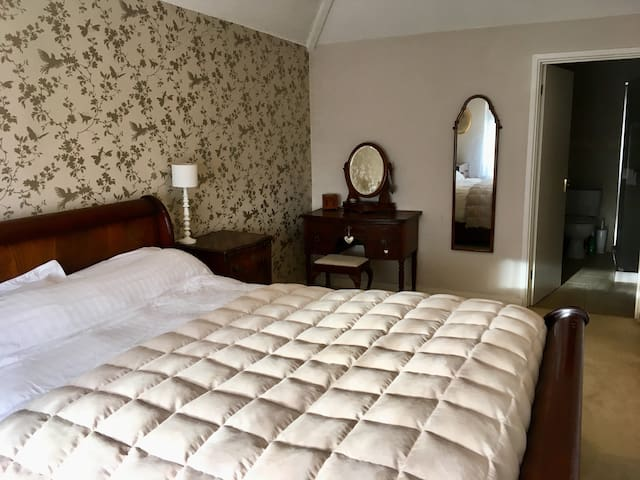 Cotswold Farmhouse room with stunning views.