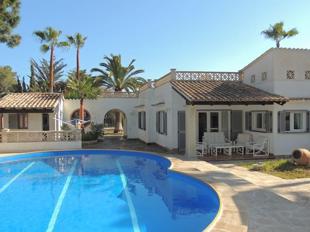 Lovely villa with private pool in Cala Murada - Cala Murada - Villa