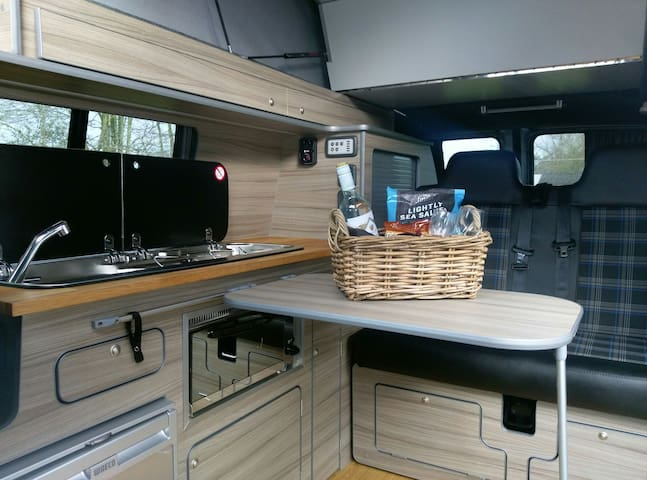 LUXURY VW CAMPERVAN - Ruthvenfield Perth - Kamp Karavanı/Karavan