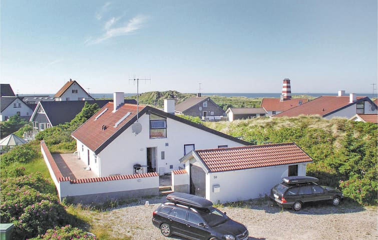 Holiday cottage with 4 bedrooms on 158m² in Thisted