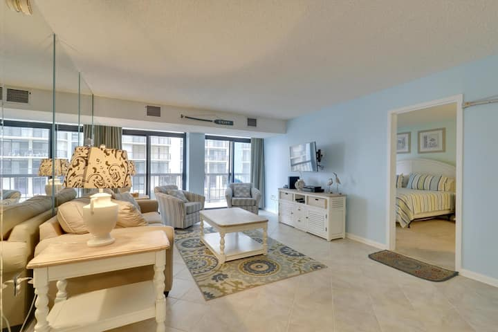 Braemar Towers 1207 - Renovated w/ Ocean Views in N. OC