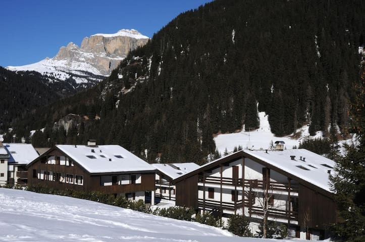 APARTMENT / STUDIO CANAZEI, DOLOMITI, 5 BEDS - Canazei