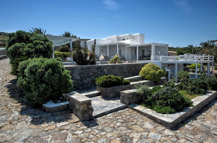 """Sea and Sun 6 Bedrooms 7 Bathrooms Villa, Private Pool, 200 m from the Beach UP TO 16 GUESTS, """"A LUXURY PROPERTY WITH PERSONALITY"""""""