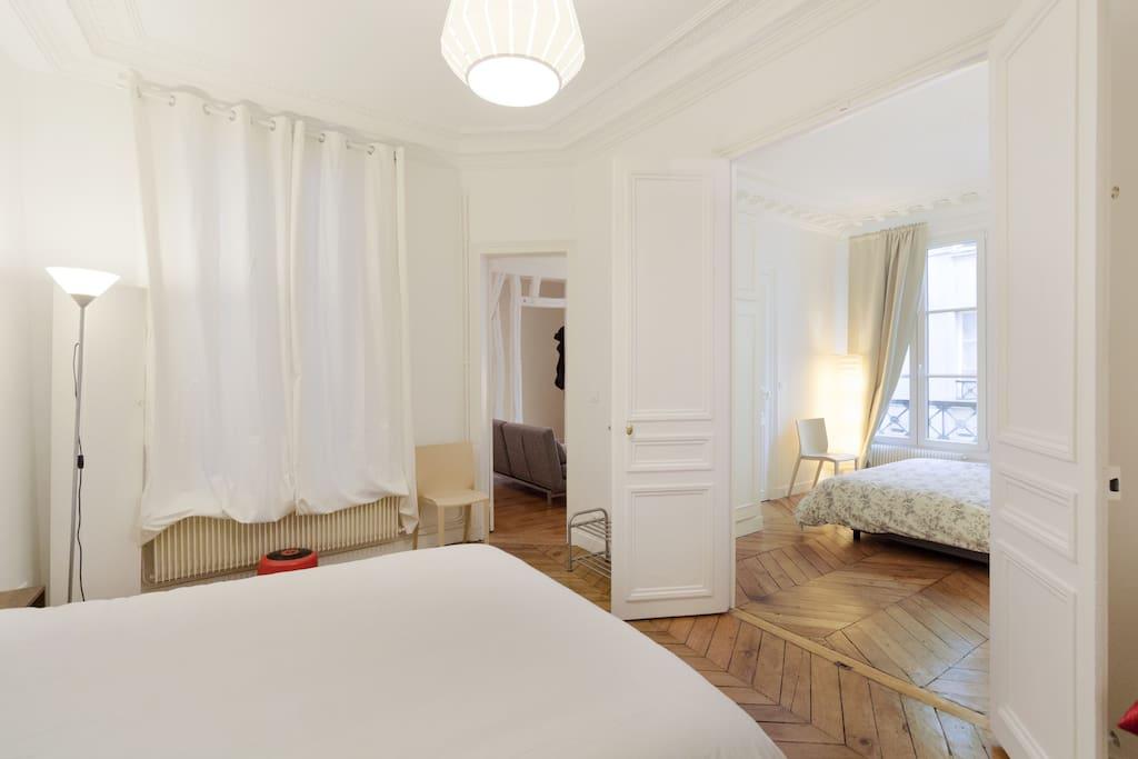 charmant petit loft coeur de paris apartments for rent in paris le de france france. Black Bedroom Furniture Sets. Home Design Ideas