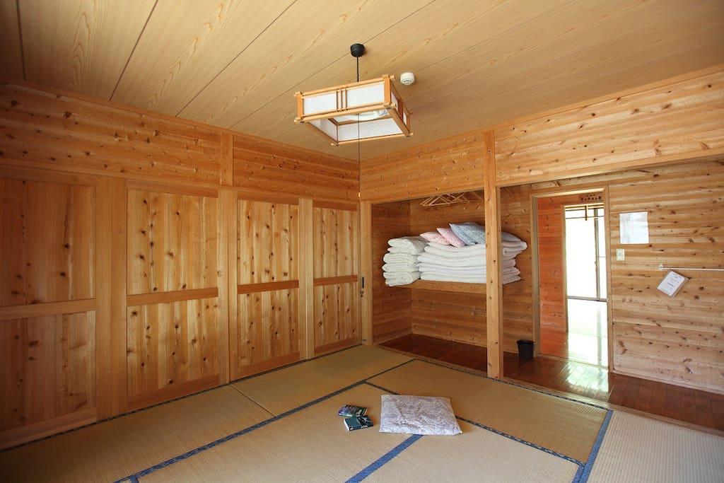 Room(Type A = Tatami)