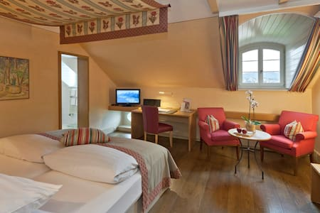 Superior Seezimmer mit Hotel-Vorteilen - Küsnacht