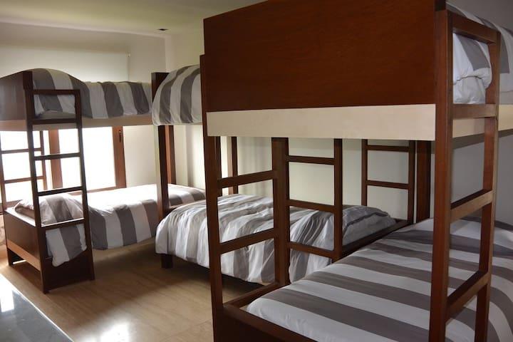 Bedroom 6 - 6 Ind Beds