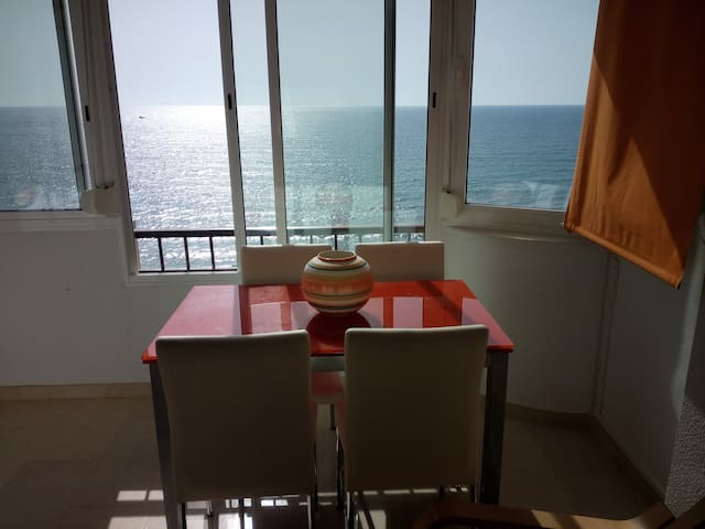 floor in front of the sea - mil palmeras de campoamor - Leilighet