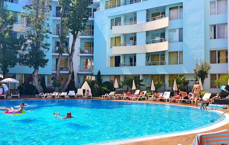 2 bed Apartment Near to the Beach in Sunny Beach