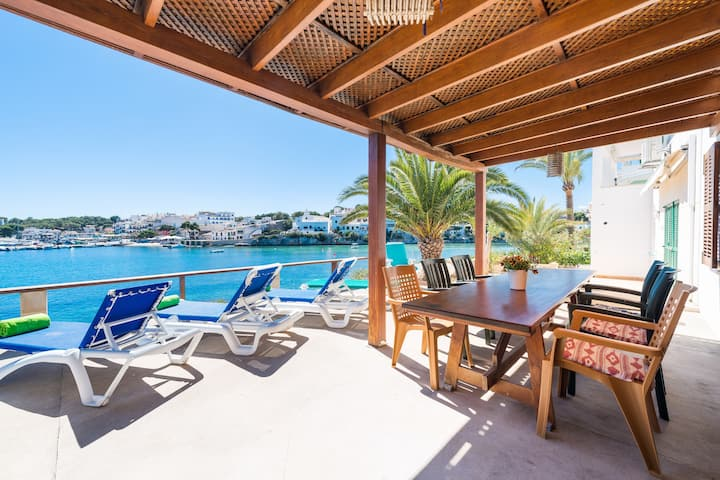 CASA MICHAELA - Chalet with sea views in PORTOPETRO. Free WiFi