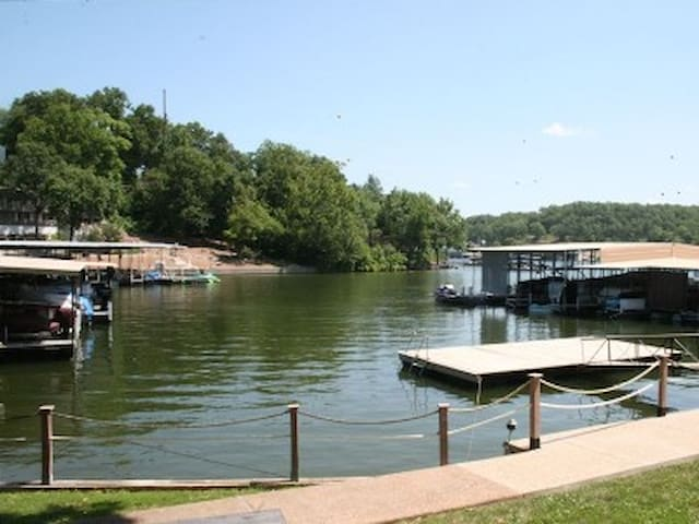 Lake of the Ozarks Condo Getaway