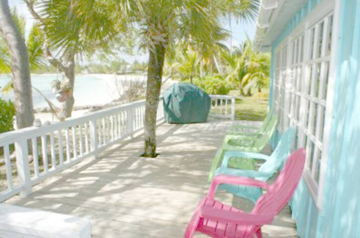 OspreyNest Bahamas Beachside Retreat Sleeps 8 Wifi