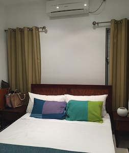 Private room in new apartment building near town - Suva