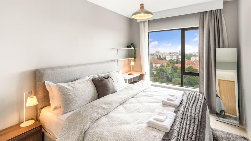 Amazing city -views , one bedroom apartment