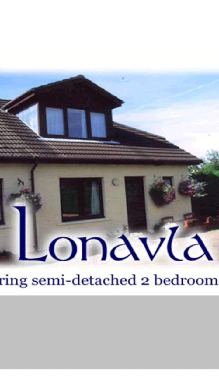 Lonavla 2 Bedroom Cottage Lochyside Fort William