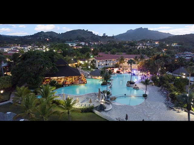 Celebrity Paradise Getaway! Puerto Plata Resort