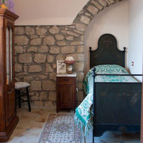 Relax near the castle - Twin room - Amaseno - Oda + Kahvaltı