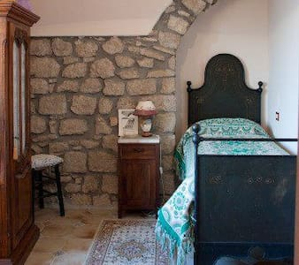 Relax near the castle - Twin room