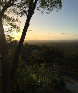 City views - luxury in Perth Hills - Gooseberry Hill - House - 1
