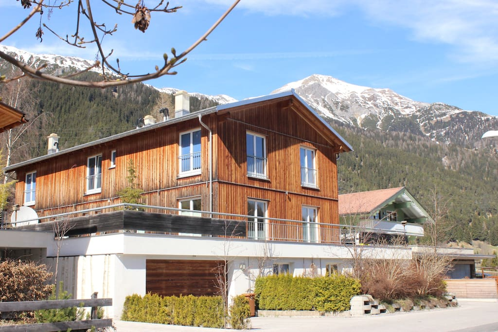 ibex lodge with free parking