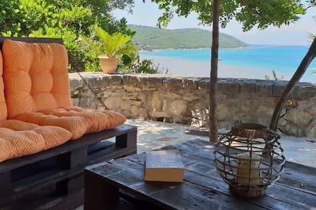 Charming bright apartment near the sea, private terrace!