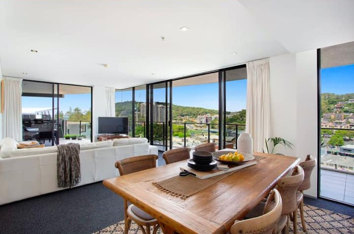Burleigh Beach 2 Bedroom Apartment