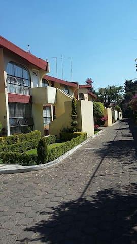Apartamento en condominio en Xochimilco - Ciudad de México - Apto. en complejo residencial