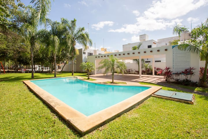 Star´s Home: Charming, 2bdr, free bikes and pool!
