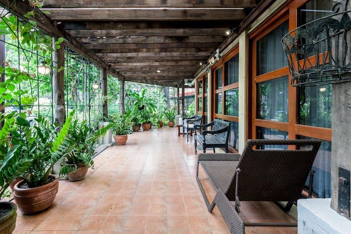 Albergue de Sta Ana (Pampanga Farm House) - Sta Ana - Casa