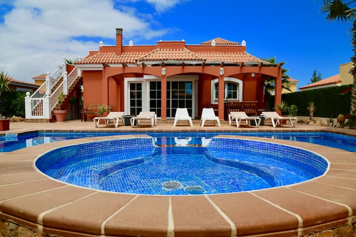 Villa Daisy Luxury perfect to relax and unwind