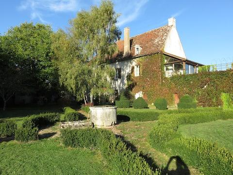 Château du Brouillard/ Lac de Pont/Semur-en-Auxois