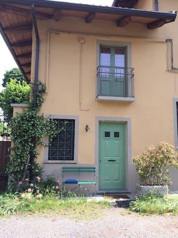 Casa indipendente a Torino - Turijn - Huis