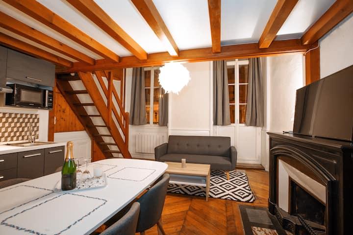 ❤️coeur de Lyon vers Bellecour + balcon  vue Rhône