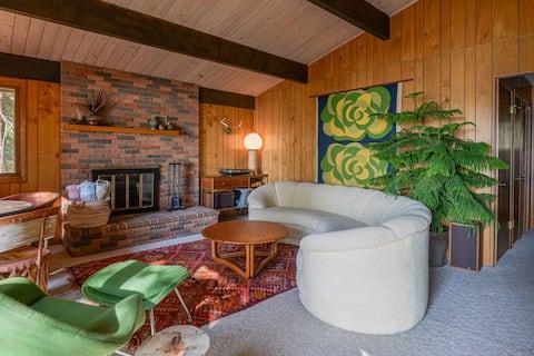 1972 Retro Cabin