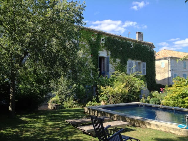 Beautiful Village House - Castillonnès - Huis