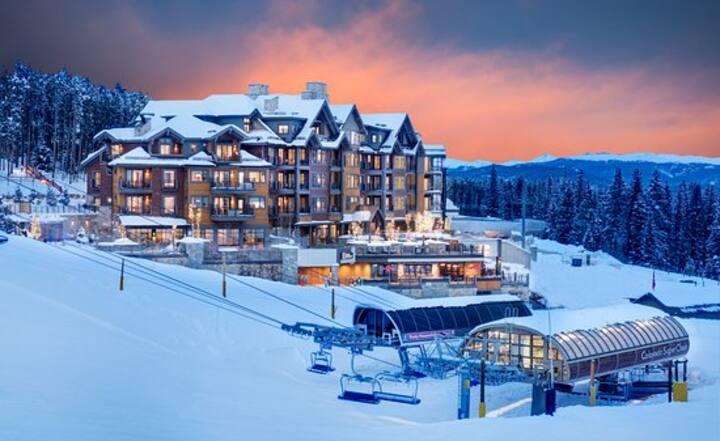 Breckenridge Condo Ski in and Ski out on Peak 8