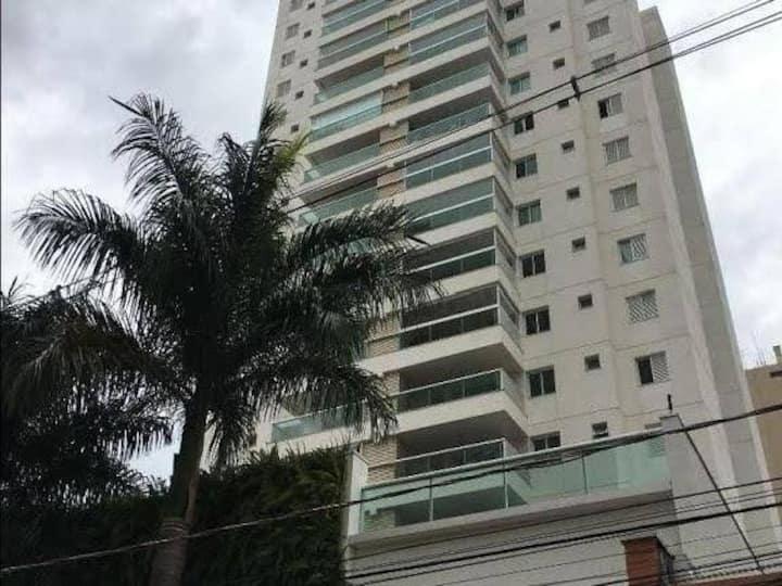 Ap Moderno - Centro/Cambui com ar condicionado