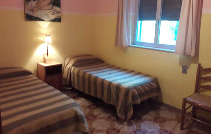 Casa GELSOMINO - basic friendly & social - room 2