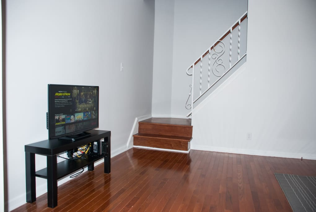 Living Room - View2