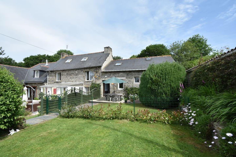Delightful Gite in rural Brittany