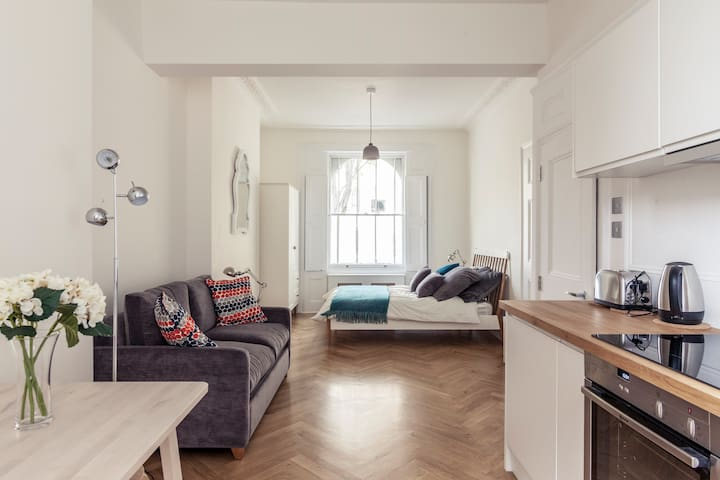 Beautifully designed 1 bed flat in Angel Islington