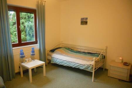 Gästezimmer im Grünen 1/ guest room near berlin