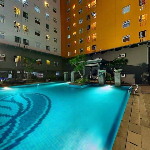 Cozy 2 BR Apartment Green Pramuka City