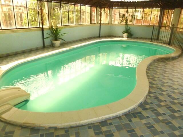 Studio meublé : Bastos - Avec piscine