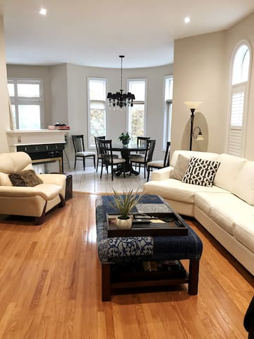 Canadian Dreams Eh! One Bedroom in a Family Home