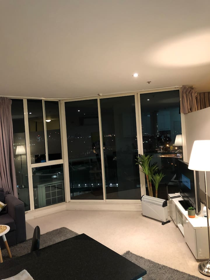 Top level , enjoy night view, quite location