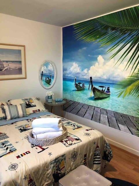 Cozy Beach room, near Monmouth University/ Beach
