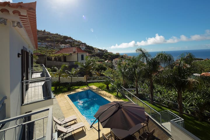 Ribeira Brava Splendid Home With Swimming Pool